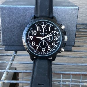 Other - NWOT Stainless Steel Water Resistant Men's watch